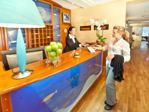 Empfang im Neptun Hotel Kühlungsborn