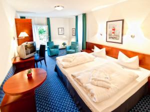 Sanddorn-Doppelzimmer mit Balkon im Neptun Hotel Kühlungsborn