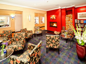 Kaminzimmer im Neptun Hotel Kuehlungsborn