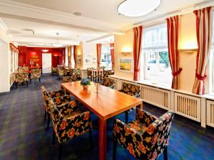 Erkerzimmer im Neptun Hotel Kuehlungsborn