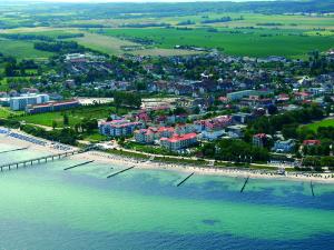 Luftaufnahme der Grünen Stadt am Meer